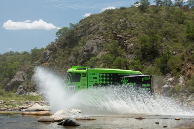 Dakar 2013, závodní speciál s motorem Gyrtech